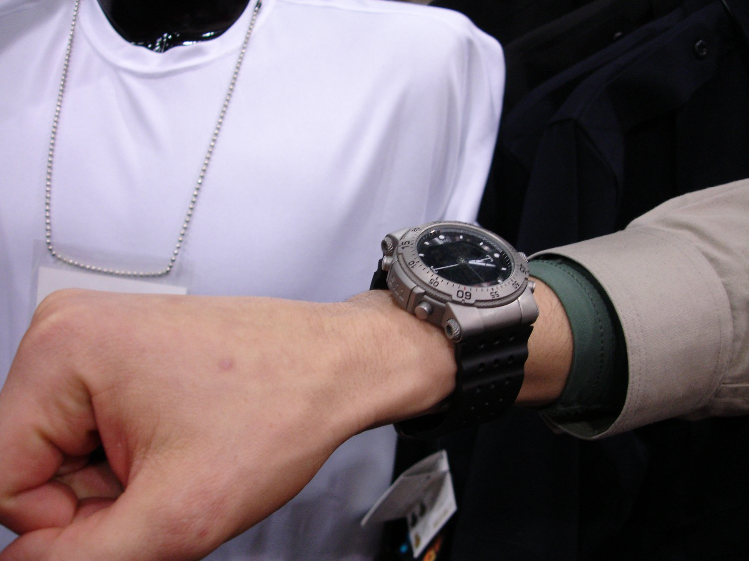 Tactical Watch Band - Compare Prices, Reviews and Buy at Nextag