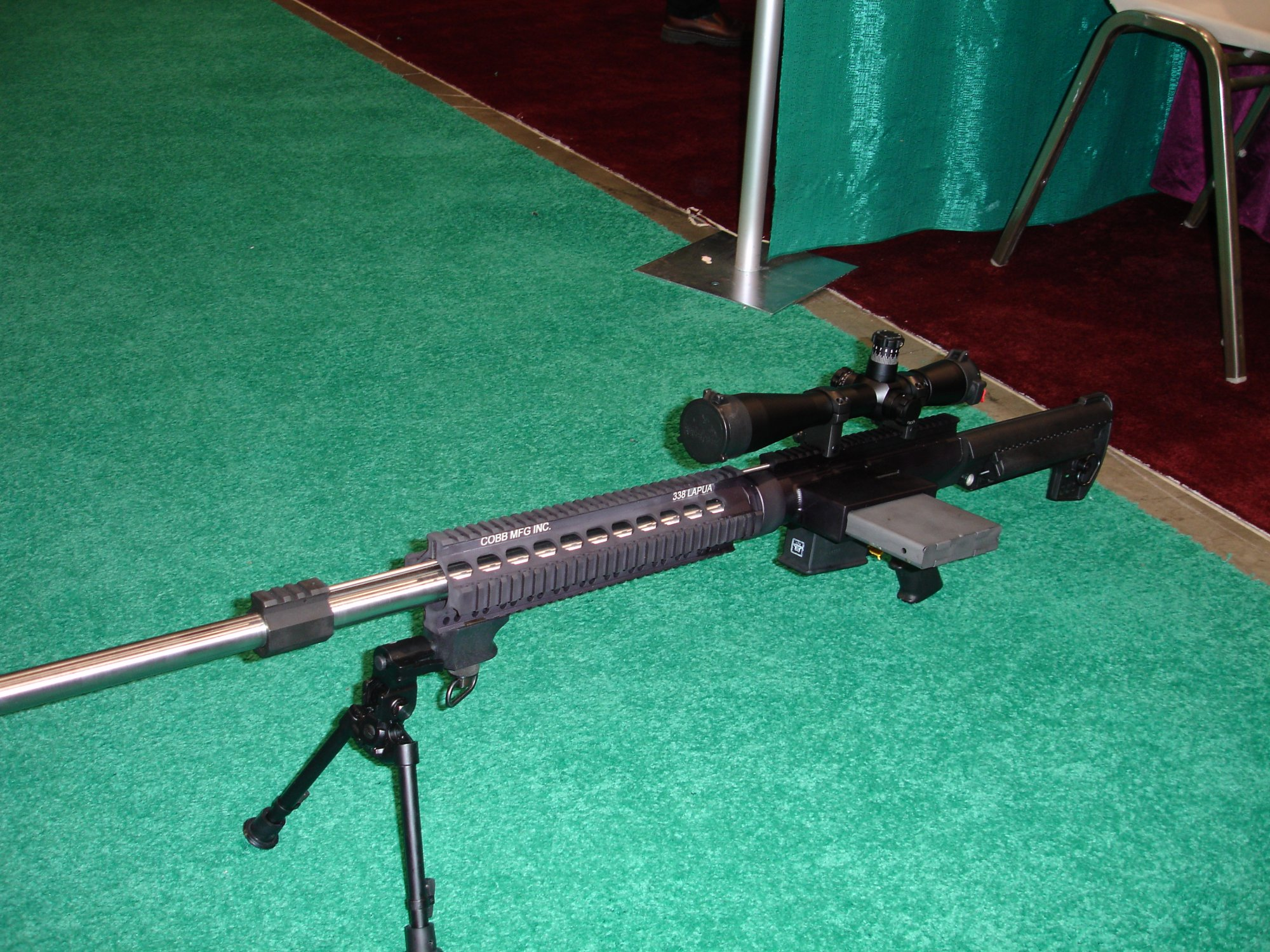 CobbMCR SCARprototype.338%20Lapua 1 <!  :en  >Cobb SCAR Candidate/MCR Prototype Weapons at SHOT Show 2005<!  :  >