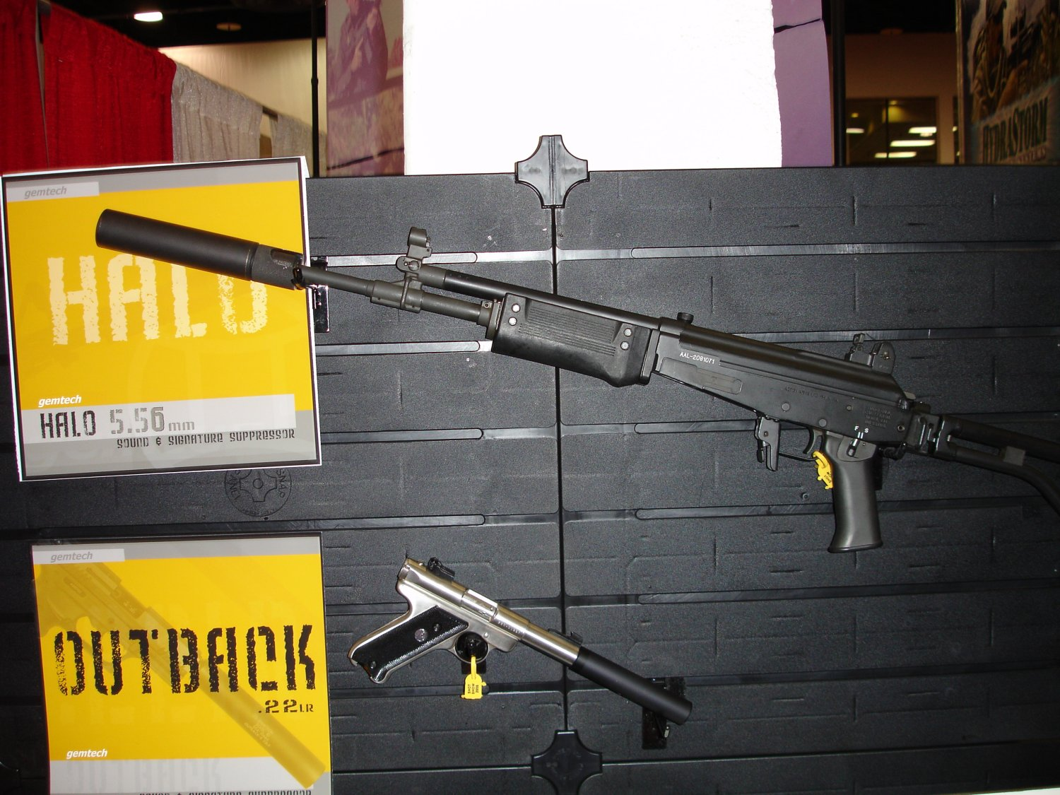 Gemtech 3 <!  :en  >SHOT Show Pics: Gemtech Sound and Signature Suppressors for Tactical Small Arms<!  :  >