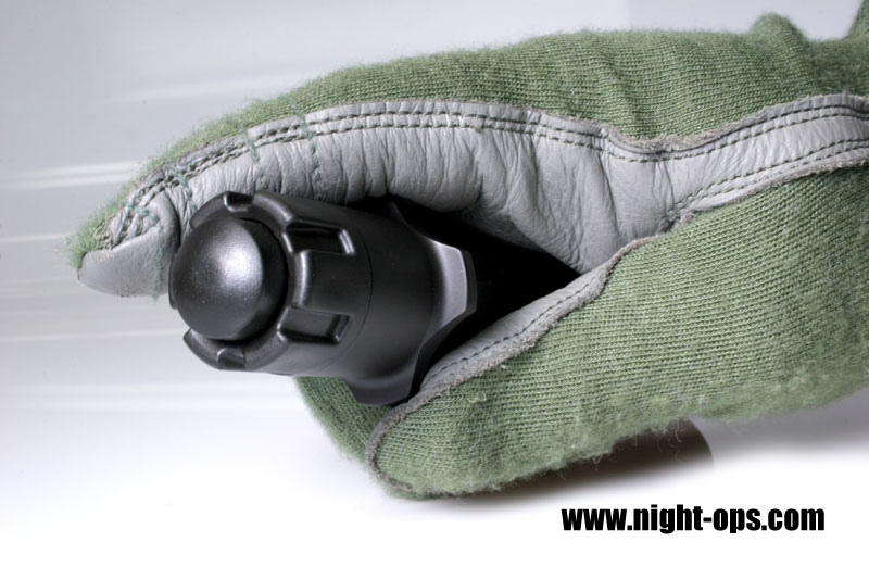 Gladius Handling Large <!  :en  >Night Ops Gladius Tactical Illumination Tool/Weapons Light for Fighting at Night<!  :  >