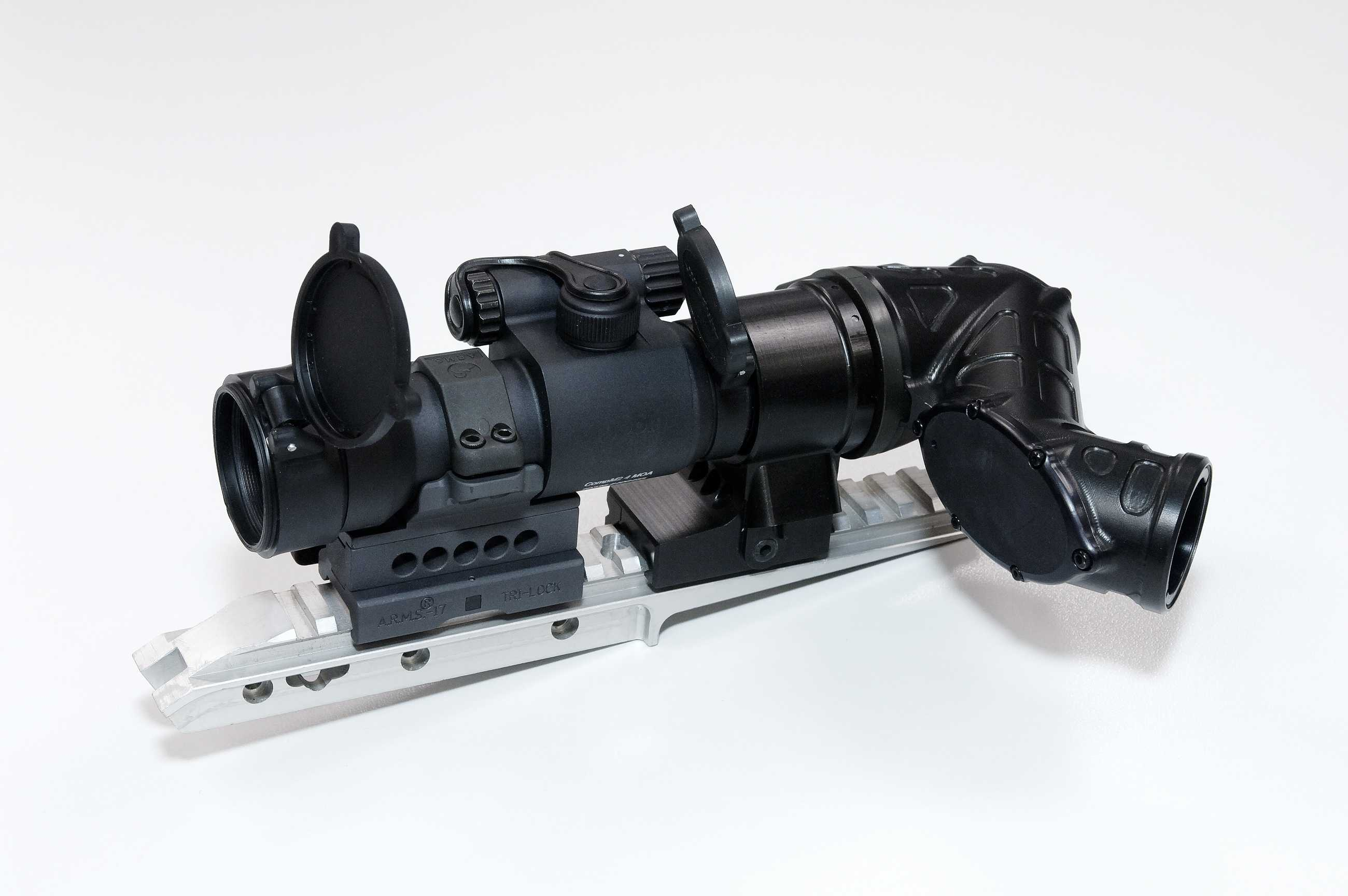 <!  :en  >Australian Off Axis View Device for Shooting Your Rifle/Carbine Around Corners<!  :  >