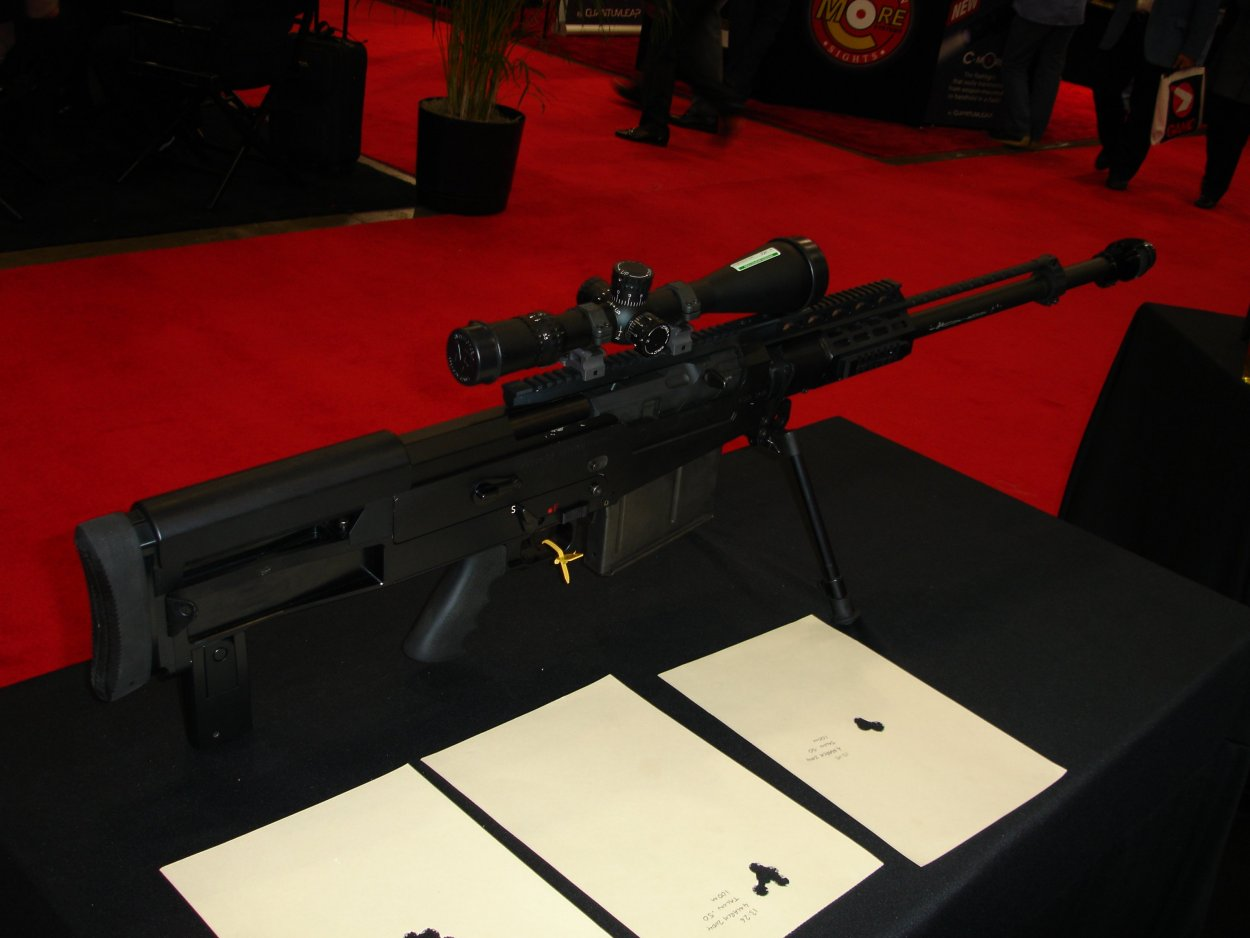 SHOTSHOW2005 AccuracyInternationalAS50Rifle 1 <!  :en  >SHOT Show Pics: AI AS50 Semi Auto .50 BMG Anti Materiel Rifle for SPECOPS<!  :  >