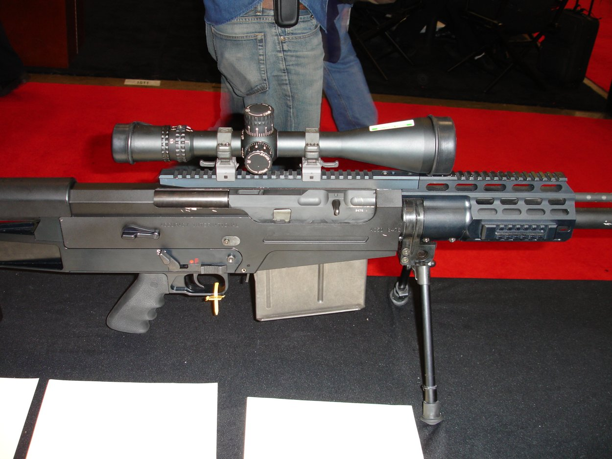 SHOTSHOW2005 AccuracyInternationalAS50Rifle 2 <!  :en  >SHOT Show Pics: AI AS50 Semi Auto .50 BMG Anti Materiel Rifle for SPECOPS<!  :  >