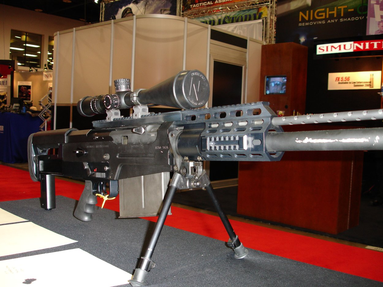 SHOTSHOW2005 AccuracyInternationalAS50Rifle 3 <!  :en  >SHOT Show Pics: AI AS50 Semi Auto .50 BMG Anti Materiel Rifle for SPECOPS<!  :  >