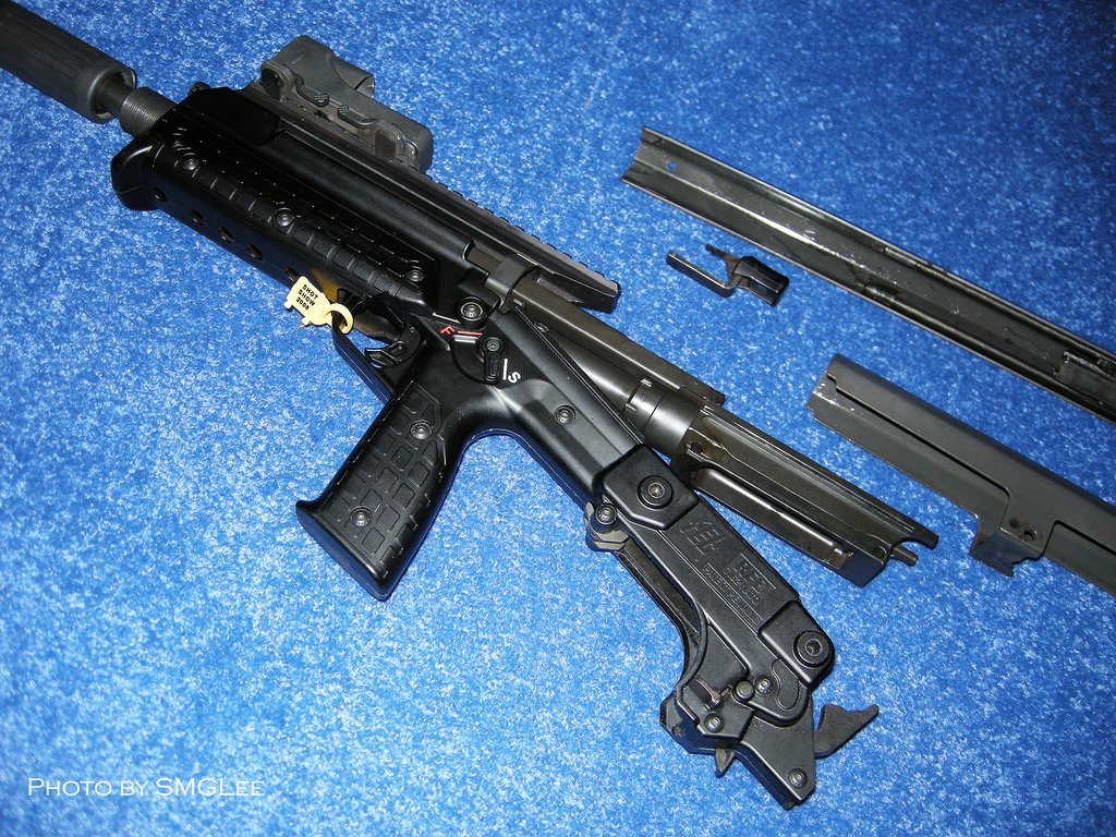 Kel TecRFBRifle SMGLee 6 Kel Tec RFB Rifle/Carbine (7.62mm NATO/.308 Win.) at SHOT Show 2008
