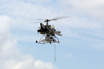 Gunship1 w <!  :en  >Exclusive Video: Unmanned Mini Helicopter Gets Weaponized with AA 12 Shotgun<!  :  >