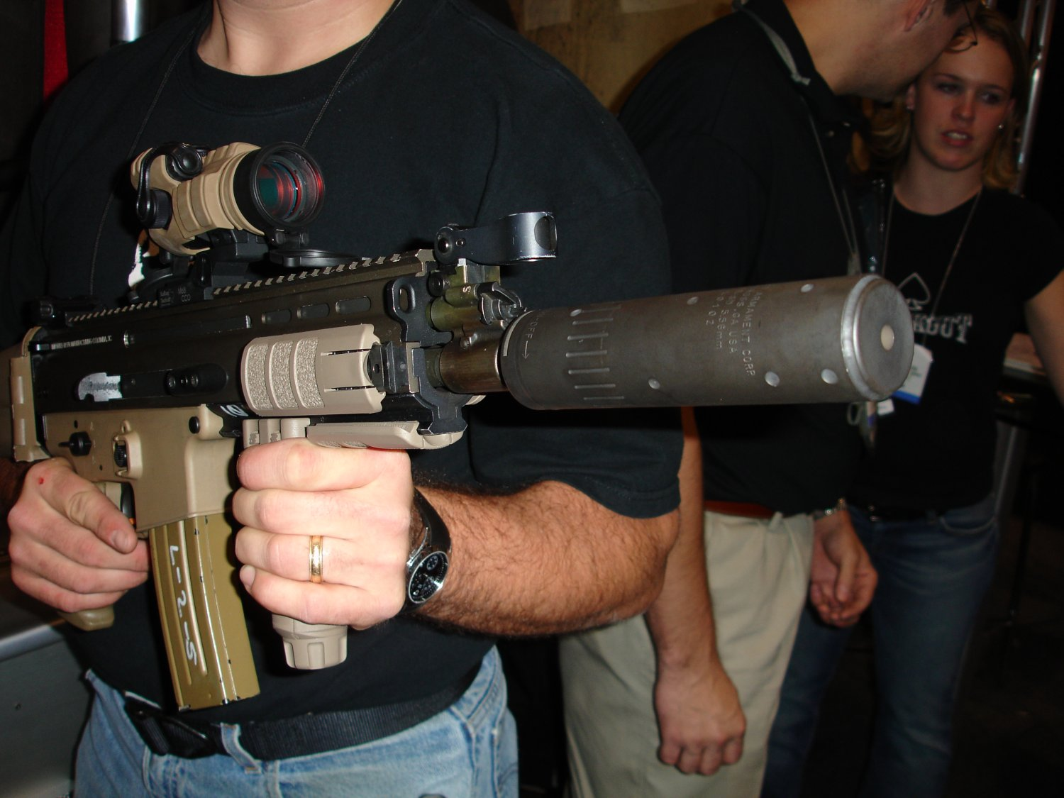 SHOT%20Show%202007%20 %20AAC 3 <!  :en  >Latest Advanced Armament Corp. (AAC) Silencers for Tactical Firearms (Photos!)<!  :  >