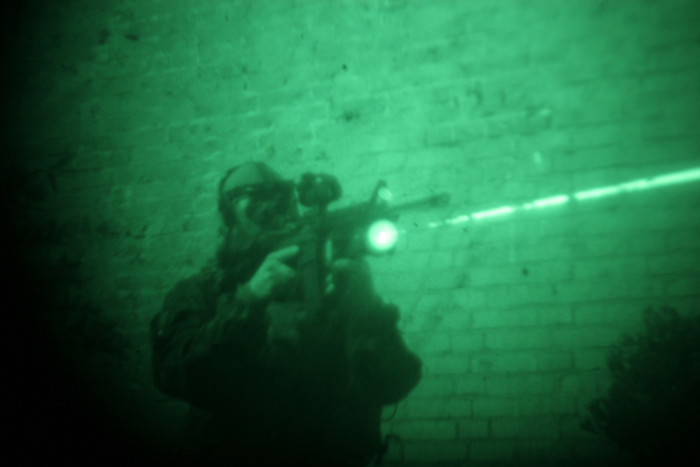 night2 <!  :en  >New Military Grade ADT/Oerlikon Contraves Laser Light Module (LLM 01) Tactical IR Laser Aimer/White Light Module Introduced to U.S. Market by Advance Defense Technologies (ADT): British SAS and German KSK (Special Forces) Ready!<!  :  >