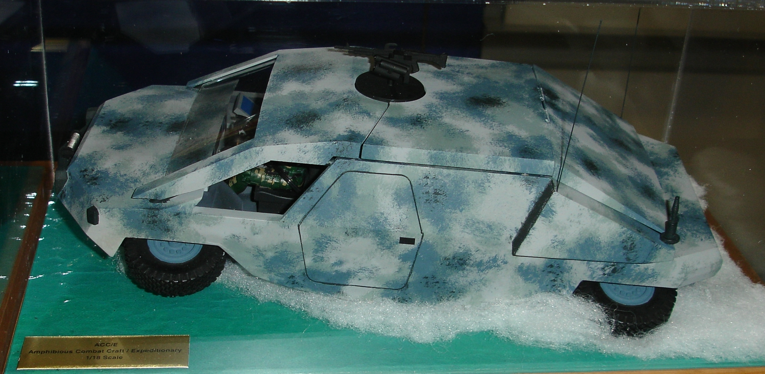 <!  :en  >Amphibious Combat Vehicles: James Bond Tech for U.S. Military Special Operations<!  :  >