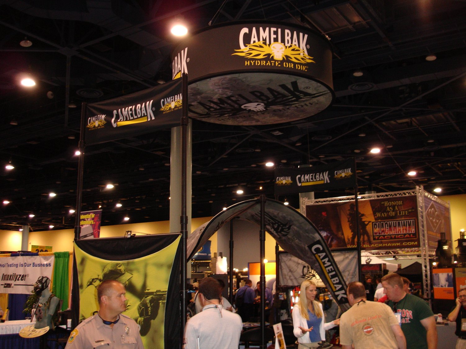 Camelbak%20Booth 1 <!  :en  >CamelBak Gears Up for U.S. Military SPECOPS and Chemical/Biological Warfare<!  :  >