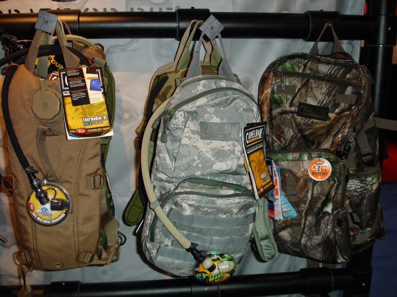 Camelbak%20ThermoBak%203L%20and%20Mule 1 <!  :en  >CamelBak Gears Up for U.S. Military SPECOPS and Chemical/Biological Warfare<!  :  >