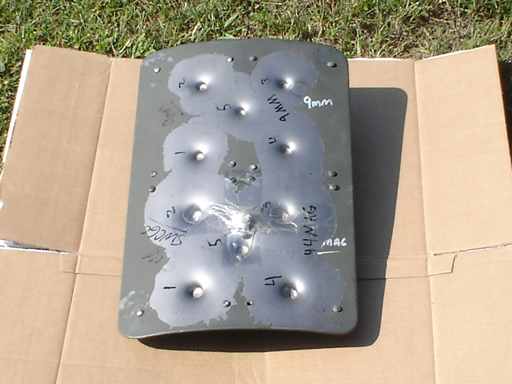 MINI SHIELD%20TEST%20LEVEL%20IIIA%20PASS%20001 <!  :en  >Prototype Mini Battle Shield/Mini Combat Shield Gets Shoot Tested (Pics)<!  :  >
