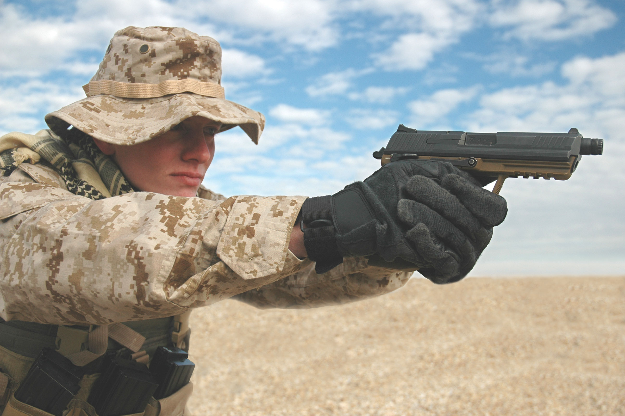 HK45 Marine <!  :en  >High Capacity Tactical Plastic .45 ACP Pistols: Choices, Choices...<!  :  >