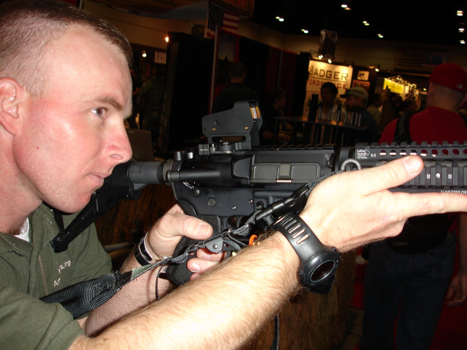 SHOT%20Show%202007%20 %20LaRue%20Tactical%20MRD%20Optic 3 <!  :en  >SHOT Show 2007: DefRev Quick Hits 1<!  :  >