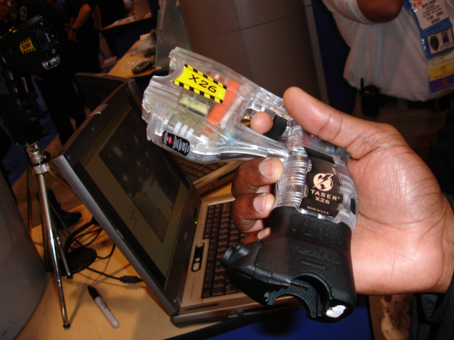Taser%20X26%20VDPM 2 <!  :en  >TASER X26 Less Lethal Weapon System Gets Audio/Video Recording Capability<!  :  >
