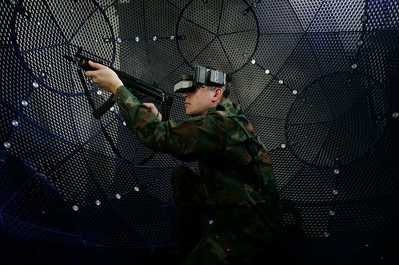 VirtuSphere Tactical 2 <!  :en  >VirtuSphere Virtual Reality Simulator for Mil/LE Tactical Training<!  :  >