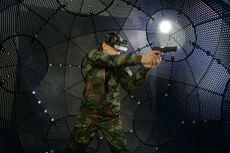 VirtuSphere Tactical 3 <!  :en  >VirtuSphere Virtual Reality Simulator for Mil/LE Tactical Training<!  :  >