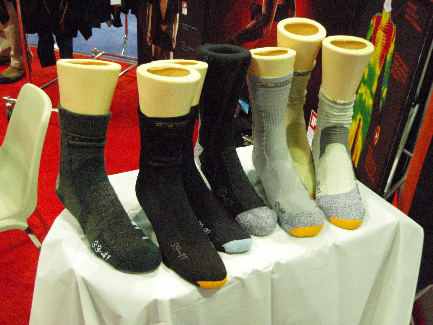 Lowa X Socks 2 <!  :en  >LOWA Tactical Boots Introduces LOWA Desert Mid Tactical Boot at SHOT Show 2009<!  :  >
