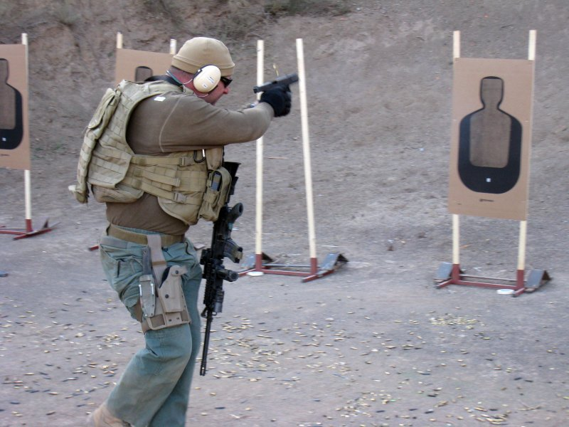 Tactical Response Rifle Chen Lee 2 <!  :en  >Tactical Response 'Fighting Rifle' Tactical Shooting Course Review<!  :  >
