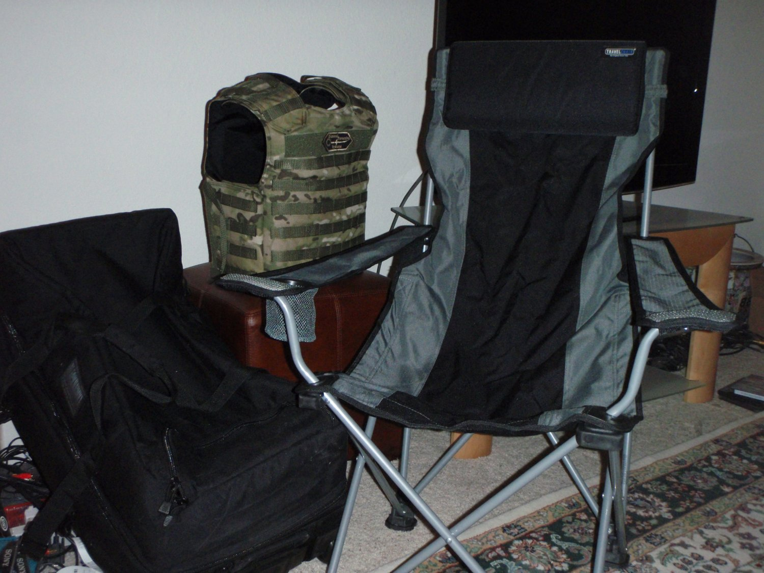 TravelChair 4 <!  :en  >TravelChair Portable Folding Lounge Chairs for Tactical Travel Applications<!  :  >