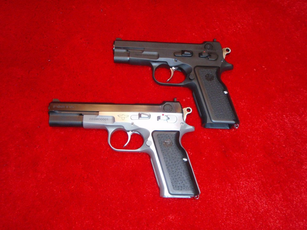 Vltor Fortis Pistols SHOT Show 2009 1 <!  :en  >Vltor Fortis Semi Auto Pistol: Improved Bren Ten in 10mm and .45ACP<!  :  >