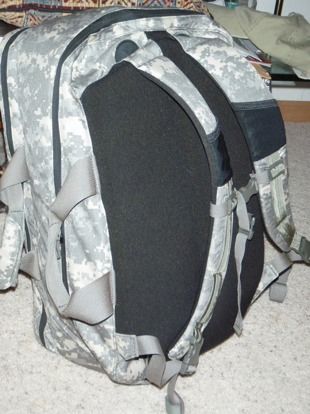 granite gear rat patrol travel commute bag backpack acu camo pattern 14 <!  :en  >Rat Patrol Travel Bag by Granite Gear Tactical: Briefcase, Backpack, Laptop Case, and Daypack, All Rolled into One. <!  :  >