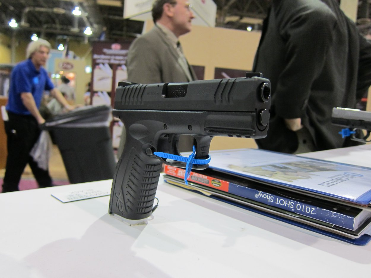 SHOT Show 2010 Springfield Armory XDM 9 3.8 Compact Pistol 6 <!  :en  >Springfield Armory XDM 9 3.8 Short Barrel High Capacity Compact 9mm Pistol for Concealed Carry (CCW): 20 (19+1) Rounds of Immediate Firepower!<!  :  >