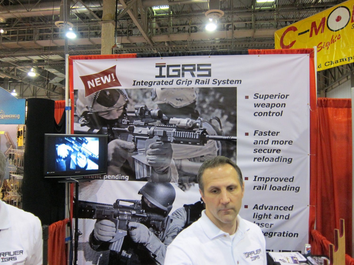 SHOT Show 2010 Grauer Systems Integrated Grip Rail System IGRS 7 <!  :en  >Grauer Systems Integrated Grip Rail System (IGRS) Extended Ramped and Flared Magwell / Vertical Foregrip<!  :  >