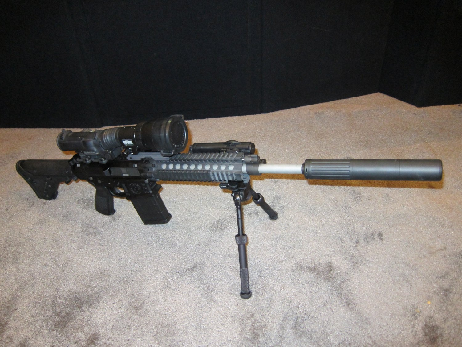 SHOT Show 2010 Iron Ridge Arms IRA 7.62mm AR Rifle Carbine 4 <!  :en  >Iron Ridge Arms IRA X (formerly IRA 10) Complete Sniper Rifle/Battle Rifle: This time, Thors hammer takes the form a 7.62mm/.308 tactical AR sniper rifle/carbine.<!  :  >