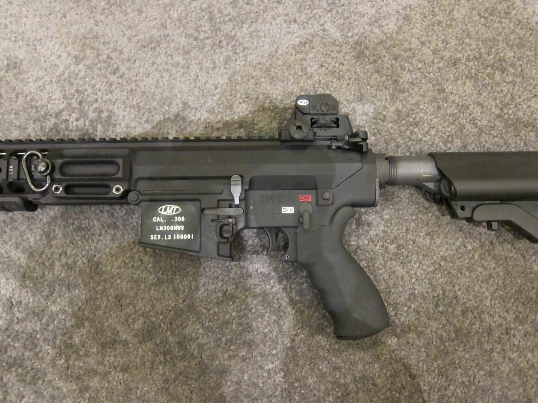 SHOT Show 2010 LMT MRP Gas Piston 7.62mm AR Carbine 9 <!  :en  >LMT .308 Modular Weapon System (MWS) Monolithic Rail Platform (MRP) Semi Auto 7.62mm NATO Tactical AR Battle Rifle/Carbine<!  :  >