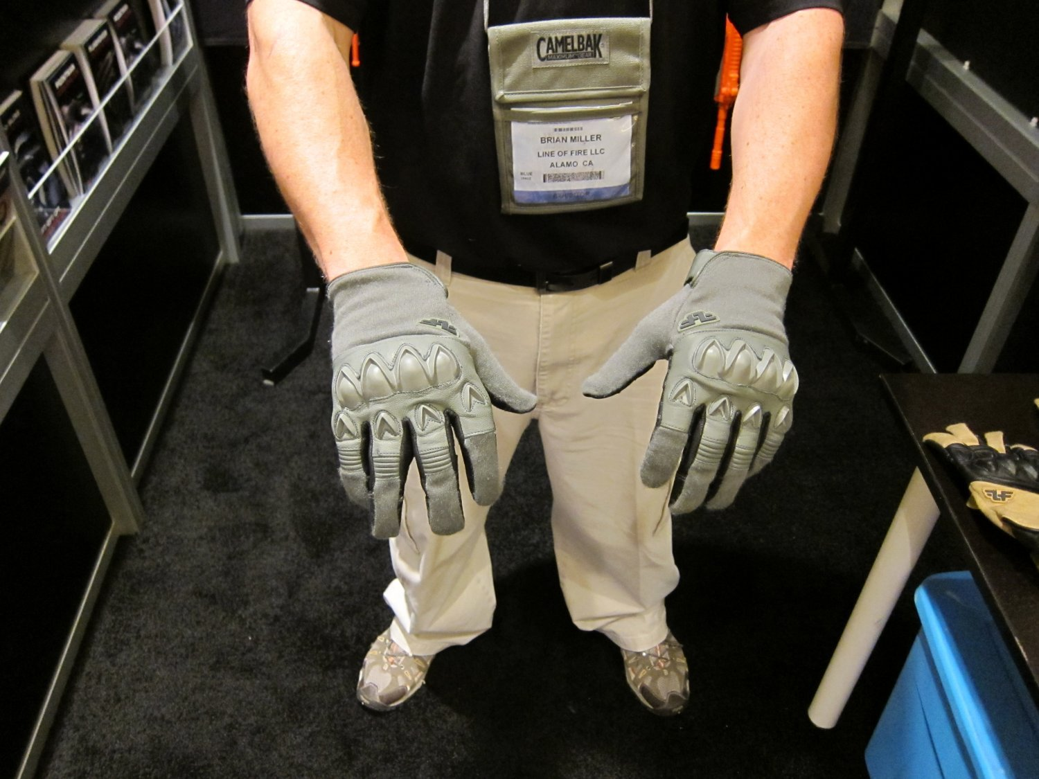 SHOT Show 2010 Line Of Fire LOF TEGS Tactical Gloves 6 Line of Fire (LOF) Stryker, Flashover and Pointman Tactical Gloves with Revolutionary TEGS (Technology Enhanced Grip System) Grip Enhancing Technology: Assault Gloves Go Gecko!