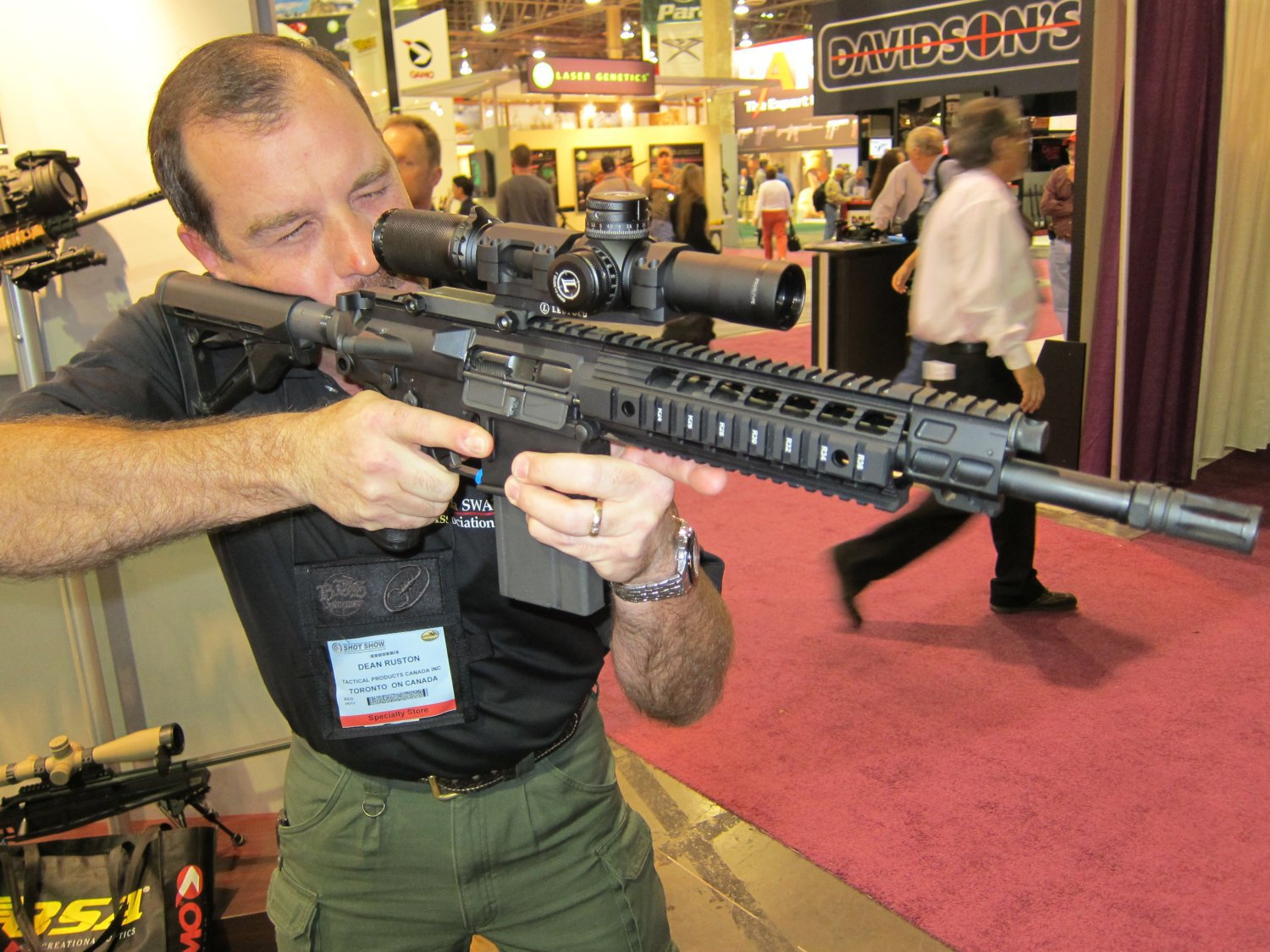 SHOT Show 2010 SIG SAUER SIG716 Gas Piston Op Rod Carbine SBR Series 2 <!  :en  >SIG Sauer SIG516 (5.56mm) and SIG716 (7.62mm) Short Stroke Gas Piston/Op Rod System Tactical AR Rifle/Carbine/SBR Series at SHOT Show 2010 (Photos!) <!  :  >