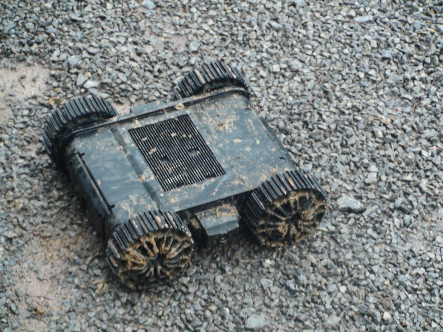 MacroUSA Armadillo V2 Throwable MUGV Micro Unmanned Ground Vehicle Tactical Robot Field Demo 2 <!  :en  >MacroUSA Armadillo V2 Throwable Micro Unmanned Ground Vehicle (MUGV) Tactical Robot Wins Innovation Award at  Military European Land Robot (M ELROB) 2010 Trial/Competition <!  :  >