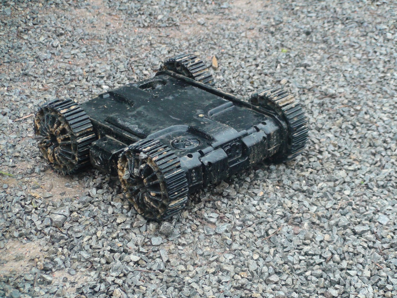 <!--:en-->MacroUSA Armadillo V2 Throwable Micro Unmanned Ground Vehicle (MUGV) Tactical Robot Wins Innovation Award at  Military European Land Robot (M-ELROB) 2010 Trial/Competition <!--:-->
