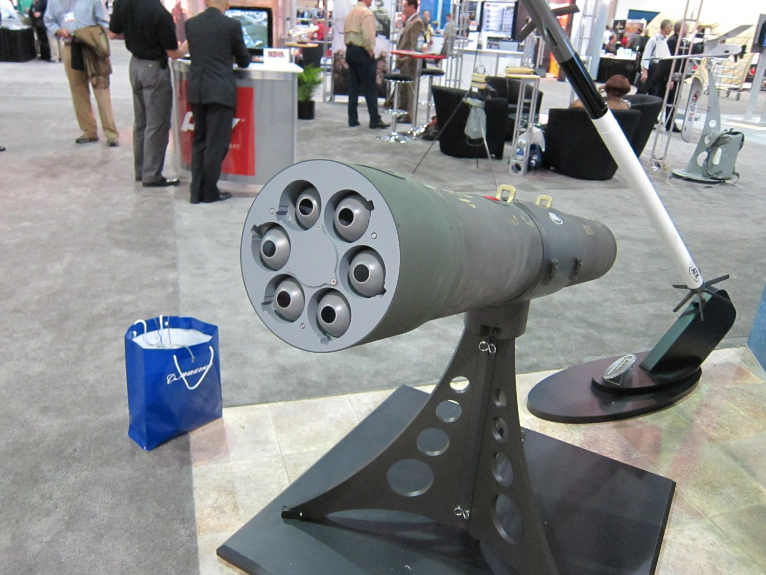 Northrop Grumman ATK Venom Targeting Pod and Guided 2.75 Inch Rocket Pod System 8 <!  :en  >Northrop Grumman/ATK VENOM Targeting Pod Armed with 6 Round GATR L Tactical Precision Guided (Laser Guided) 2.75/70mm Hydra Rocket Pod for Military Special Operations (SPECOPS)<!  :  >