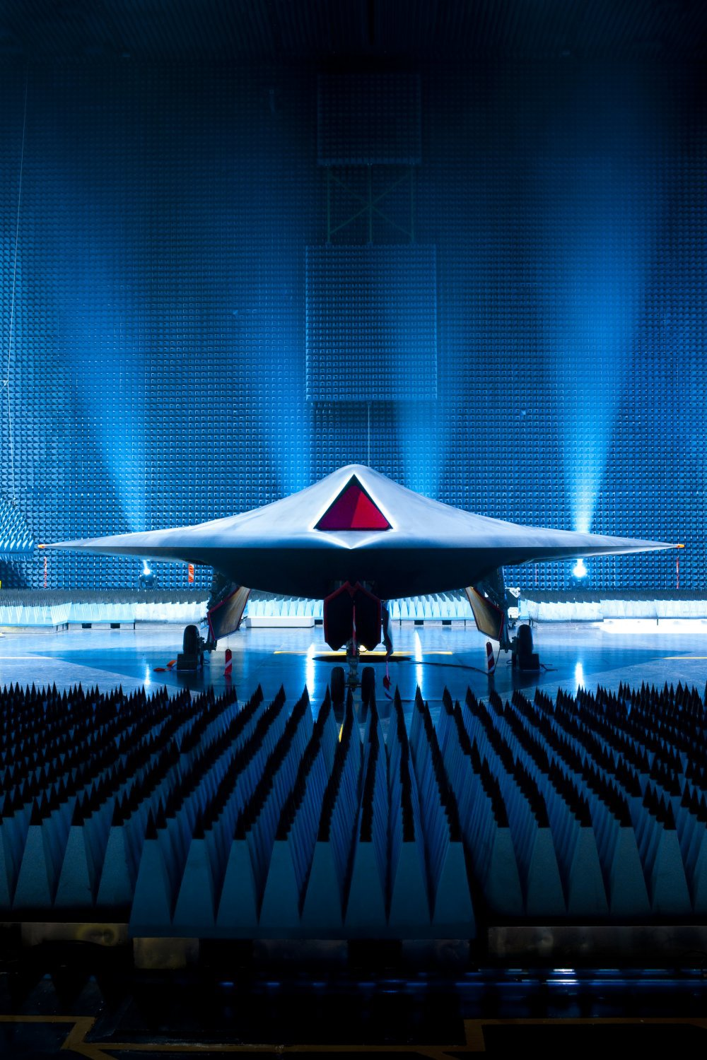 BAE Taranis Jet UCAV Low Observable 2 <!  :en  >BAE Taranis UCAV (Unmanned Combat Air Vehicle): Meet the New Jet Powered, Weaponized, Low Observable, and Autonomous God of Thunder<!  :  >
