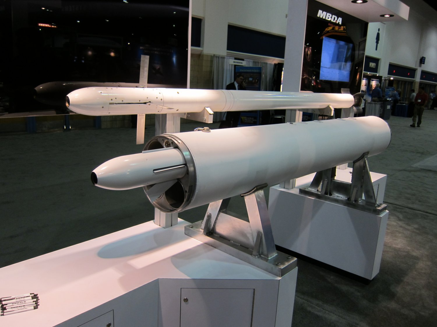 MBDA Zuni Semi Active Laser Guided Rocket 1 <!  :en  >MBDA Semi Active Laser Guided Zuni Rocket with 4 Shot LAU 10 Rocket Pod (Launch Pod): Precision Guided Rockets Get a Big Boost (Photos!)<!  :  >