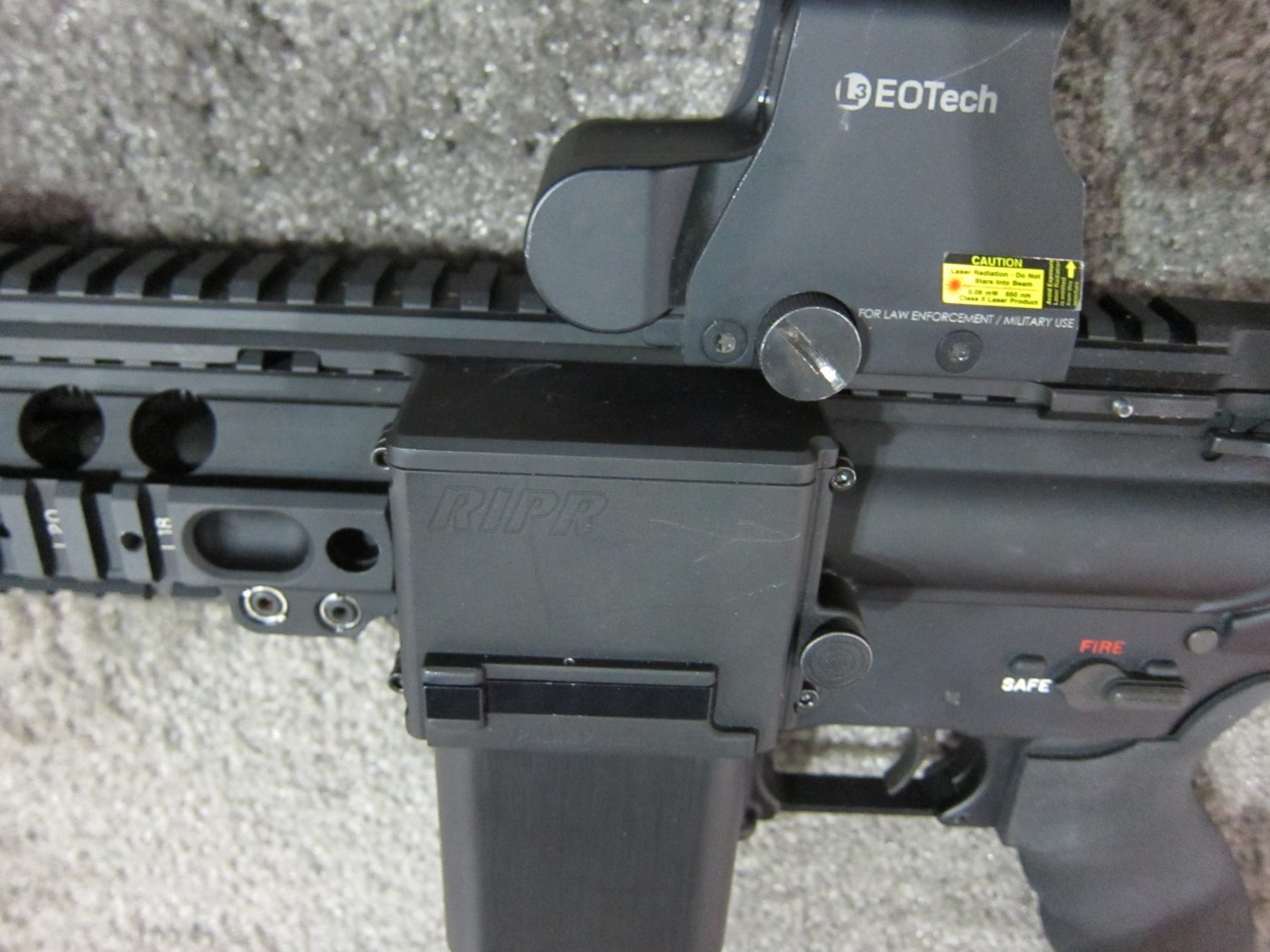 Reset RIPR Rifle Integrated Power Rail 5 <!  :en  >Reset RIPR (Rifle Integrated Power Rail): Central Power Source for Tactical AR Rifle/Carbine/SBR Accessories<!  :  >
