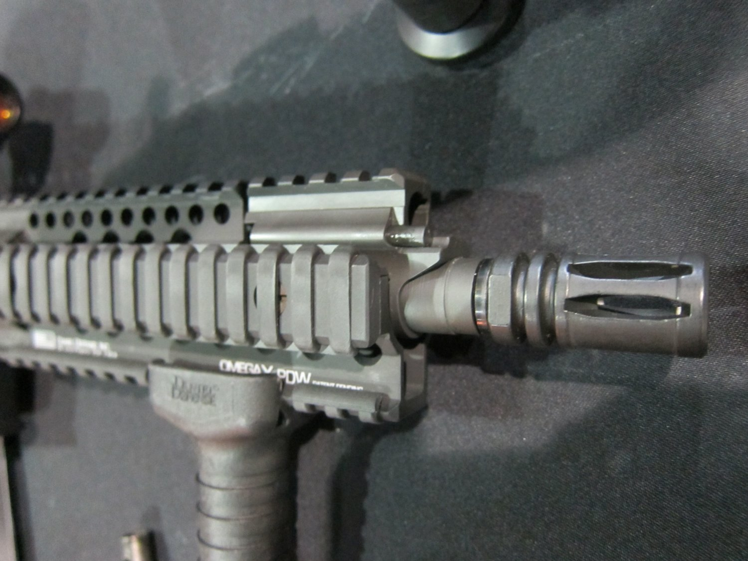 Barrett REC7 5.56mm AR SBR 14 Barrett REC7 5.56 8 Piston AR PDW Displayed at SOFIC 2010 (Photos!): 5.56mm NATO Piston Driven Tactical AR Carbine/SBR for Military Special Operations Forces (SOF)