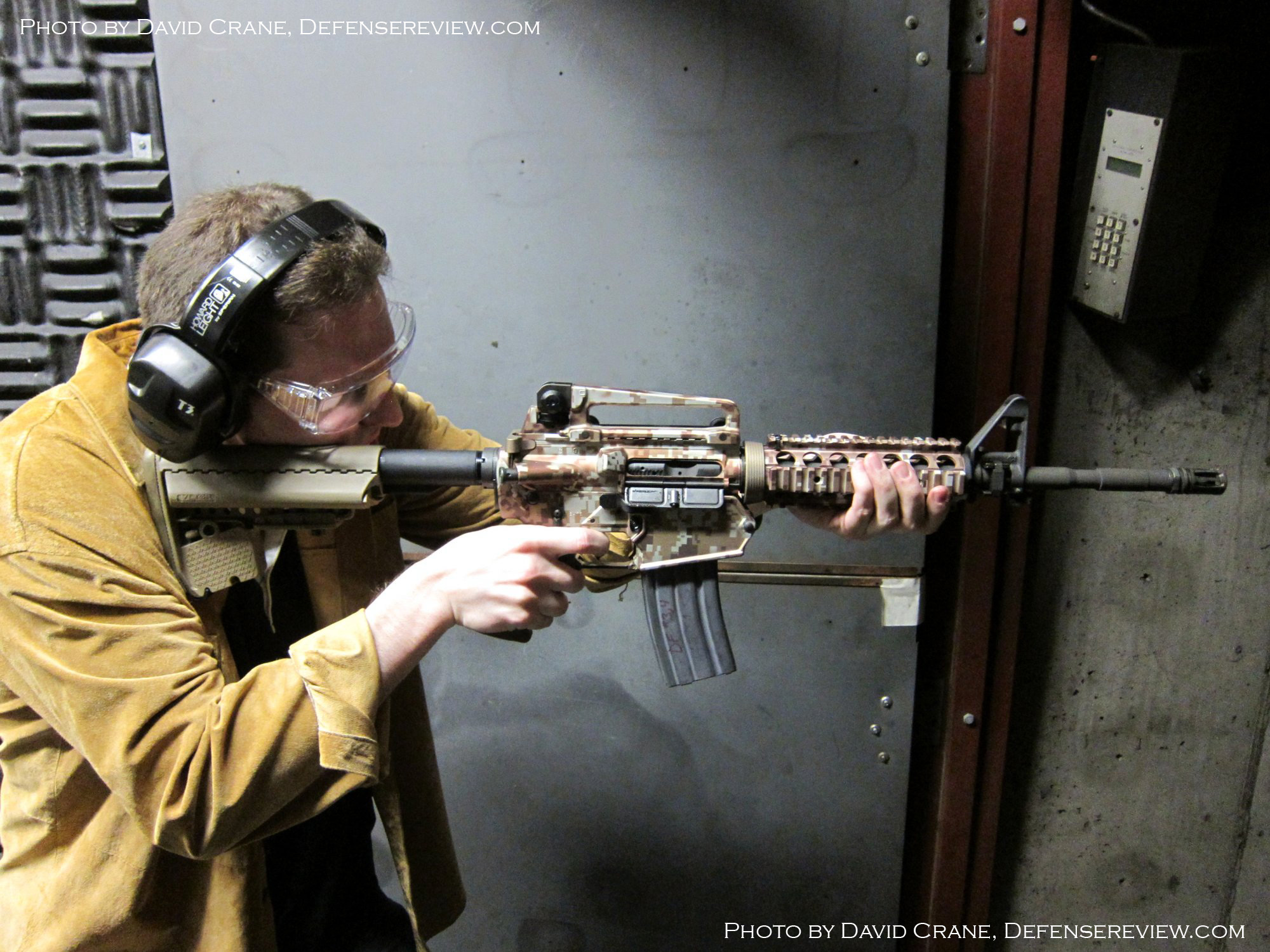 Colt CM901 AR Carbine SBR 5.56mm David Crane DefenseReview.com 7 W <!  :en  >DR Exclusive First Look!: SCAR Who? Meet the Colt Modular Carbine (CMC) Model CM901 Multi Caliber 7.62mm NATO Battle Rifle / 5.56mm NATO Assault Rifle for U.S. Military Special Operations Forces (SOF) and General Infantry Forces (GIF). DefenseReview (DR) Reports (Photos and Video!) <!  :  >