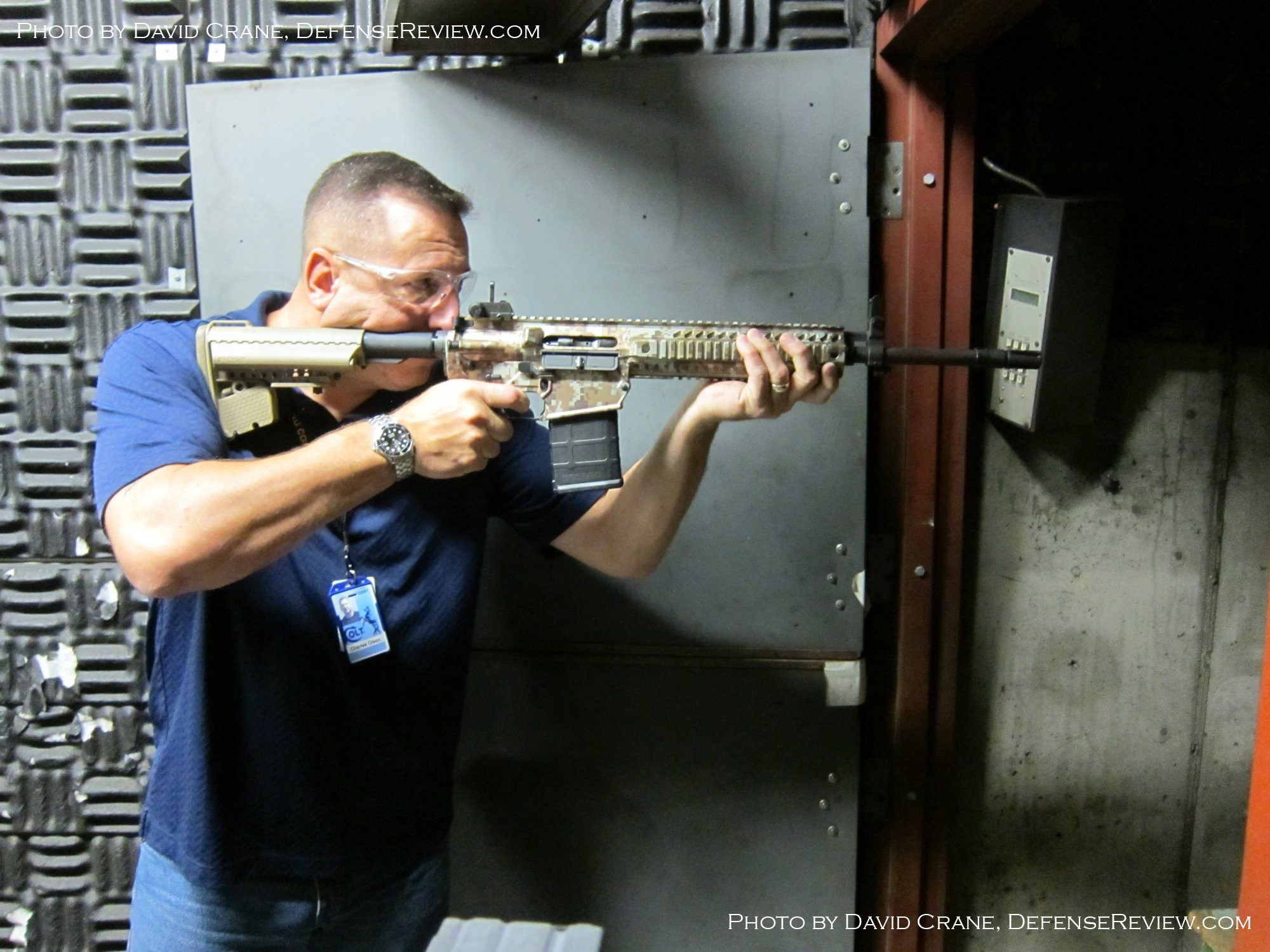 Colt CM901 Chuck Olsen David Crane DefenseReview.com 15 Small <!  :en  >DR Exclusive First Look!: SCAR Who? Meet the Colt Modular Carbine (CMC) Model CM901 Multi Caliber 7.62mm NATO Battle Rifle / 5.56mm NATO Assault Rifle for U.S. Military Special Operations Forces (SOF) and General Infantry Forces (GIF). DefenseReview (DR) Reports (Photos and Video!) <!  :  >