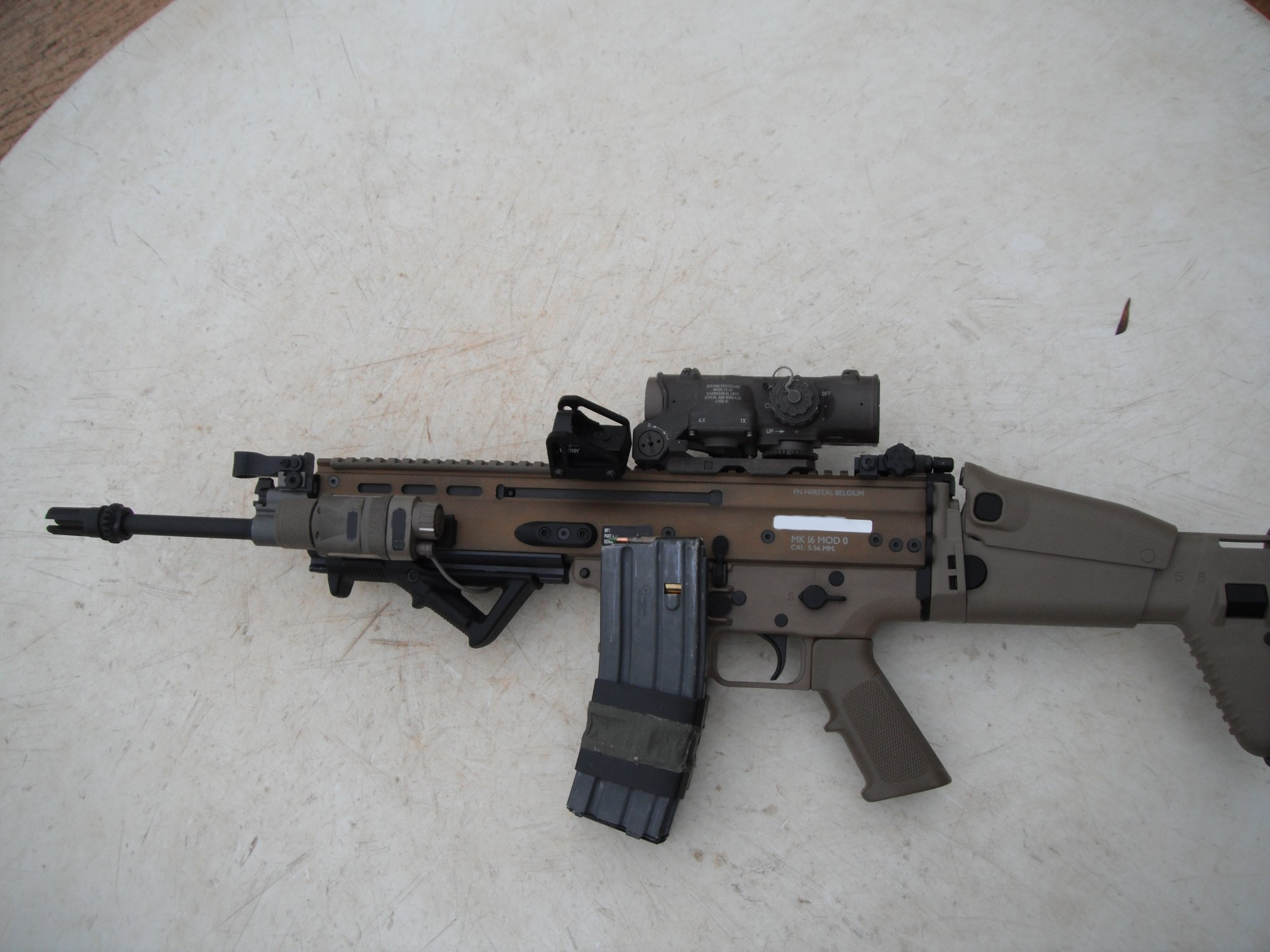 FN SCAR MK16 SCAR L Elcan SpecterDR and Matt Burkett Offset Mount for Docter Red Dight Sight Combat Optics 1 Small <!  :en  >FN SCAR Weapons Program Status Update, and Special Operations Forces (SOF) Mk 16 SCAR L 5.56mm NATO Assault Rifle/Carbine/SBR Combat Optics and Tactical Accessories Setup (Photo!)<!  :  >