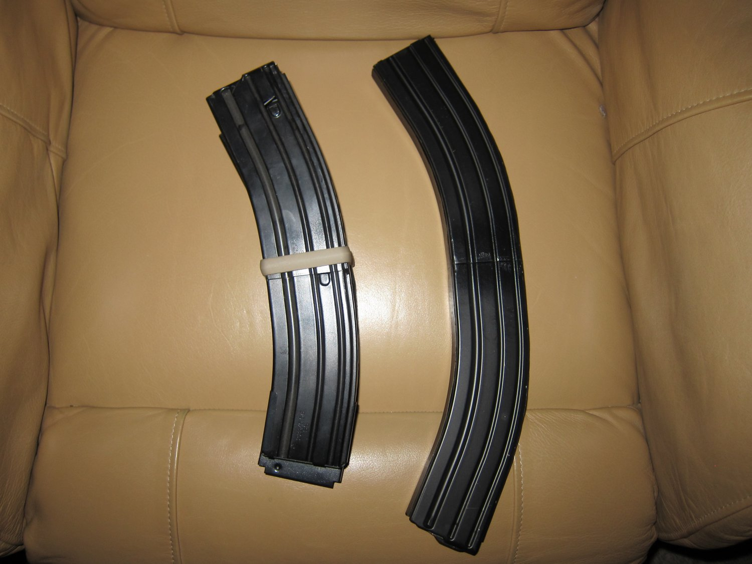 Higher Capacity 55 Round and 75 Round AR 15 5.56mm Rifle Magazines 2 <!  :en  >Higher Capacity 55 Round 5.56mm NATO and 32 Round 7.62mm NATO Rifle Magazines for Tactical AR (AR 15 and SR 25 type) and M14/M1A Rifles/Carbines/SBRs  (Photos and Video!) <!  :  >