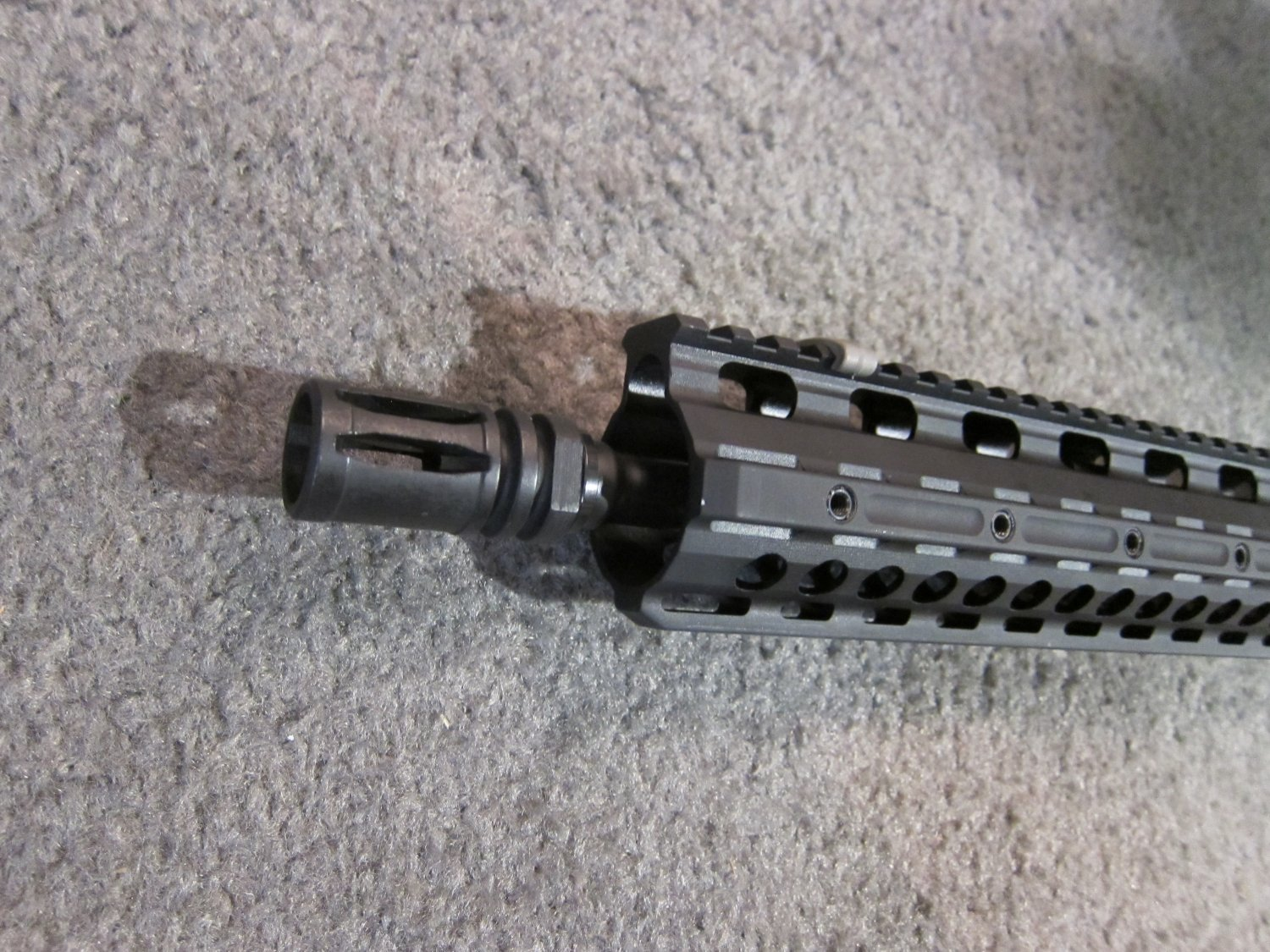 LaRue Tactical OBR 5.56 PREDATAR Series Tactical AR Carbine at SHOT Show 2011 2 <!  :en  >LaRue Tactical PredatAR Series Lightweight OBR 5.56 and OBR 7.62 Tactical AR Carbines Debut at SHOT Show 2011 (Video!)<!  :  >