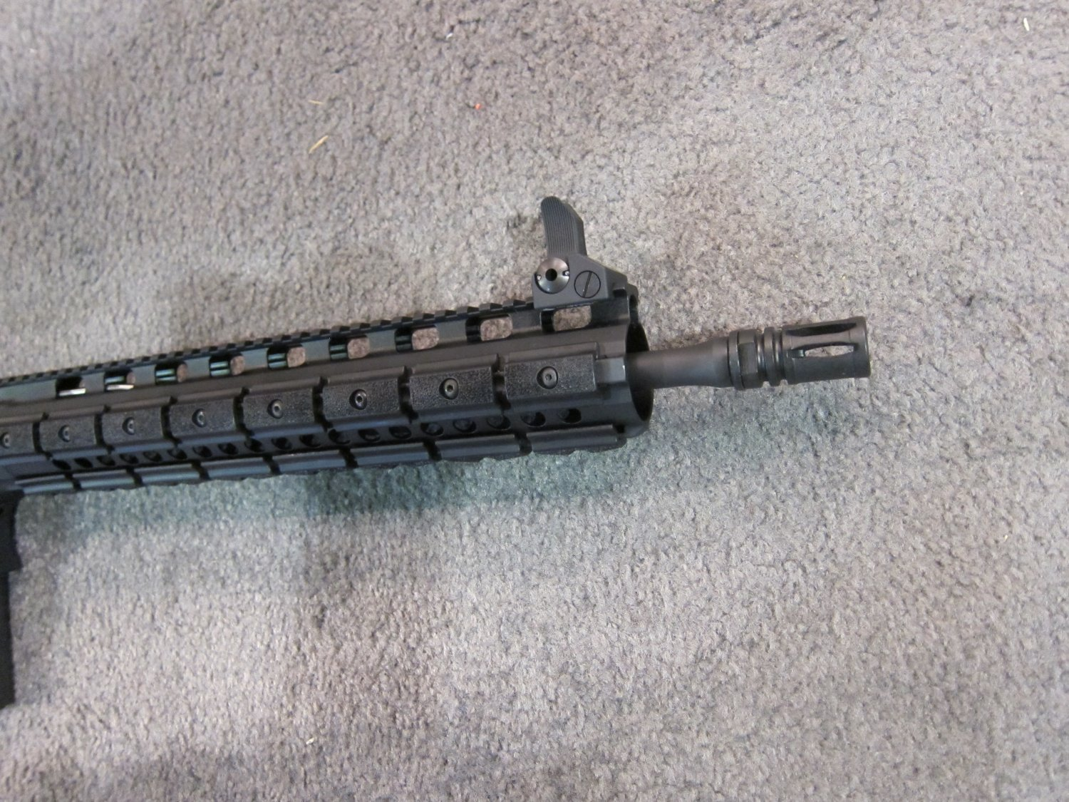 LaRue Tactical OBR 5.56 PREDATAR Series Tactical AR Carbine at SHOT Show 2011 5 <!  :en  >LaRue Tactical PredatAR Series Lightweight OBR 5.56 and OBR 7.62 Tactical AR Carbines Debut at SHOT Show 2011 (Video!)<!  :  >