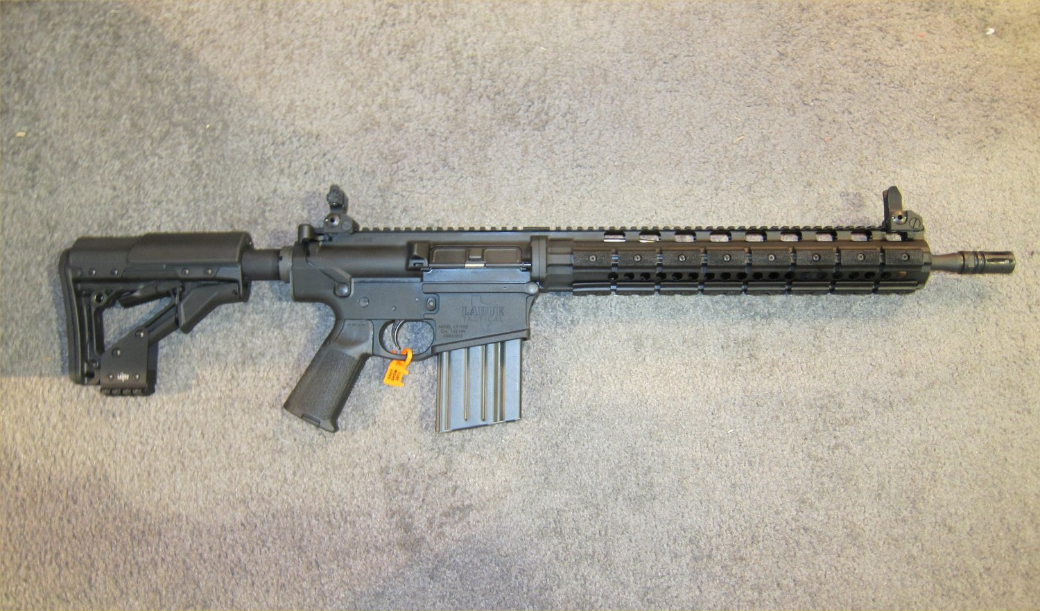 LaRue Tactical OBR 7.62 PREDATAR Series Tactical AR Carbine at SHOT Show 2011 2 <!  :en  >LaRue Tactical PredatAR Series Lightweight OBR 5.56 and OBR 7.62 Tactical AR Carbines Debut at SHOT Show 2011 (Video!)<!  :  >