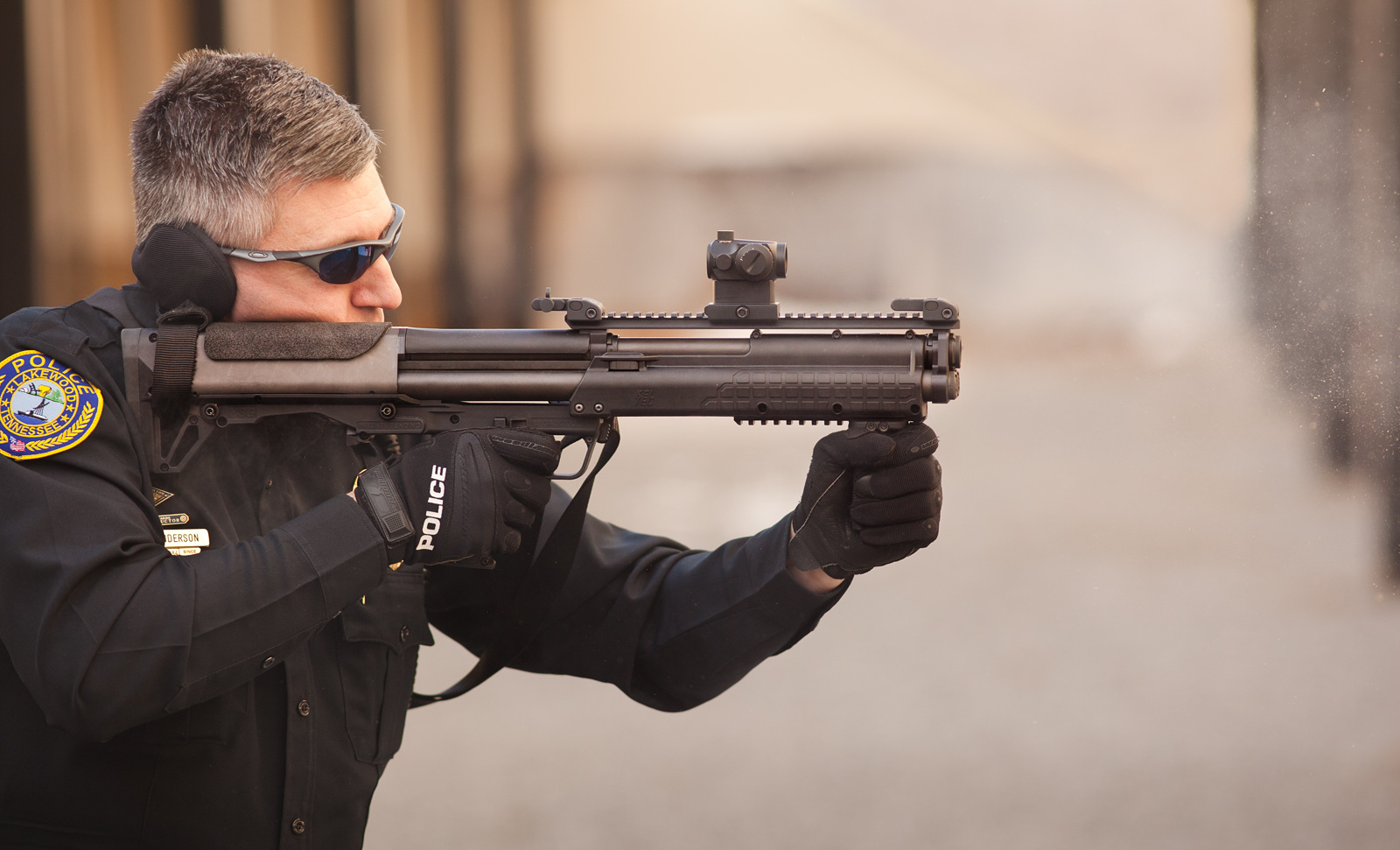 Kel Tec KSG Shotgun Police Oleg Volk 2 <!  :en  >Kel Tec KSG Shotgun: 15 Round (14+1) Bullpup Pump Action 12 Gauge Combat Shotgun for Urban Tactical Operations and Applications (Photos and Video!)<!  :  >