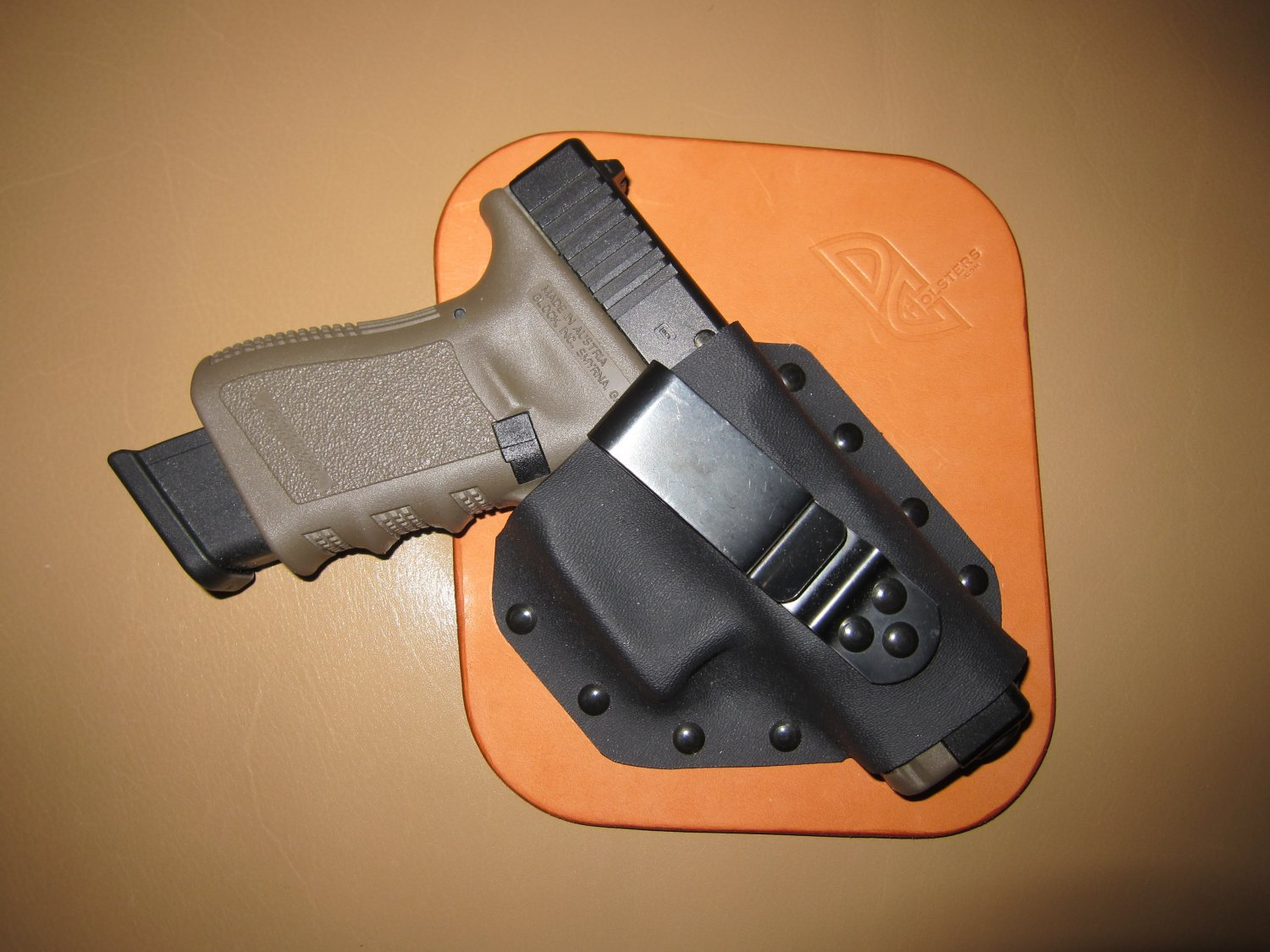 DC Holsters IWB Concealment Holster 1 <!  :en  >DC Holsters Leather/Kydex Hybrid Ultra Concealment Tactical Pistol Holsters for Concealed Carry (CCW) and Deep Cover Use: Best Ultra Covert Inside the Waistband (IWB) Holsters Out There?<!  :  >