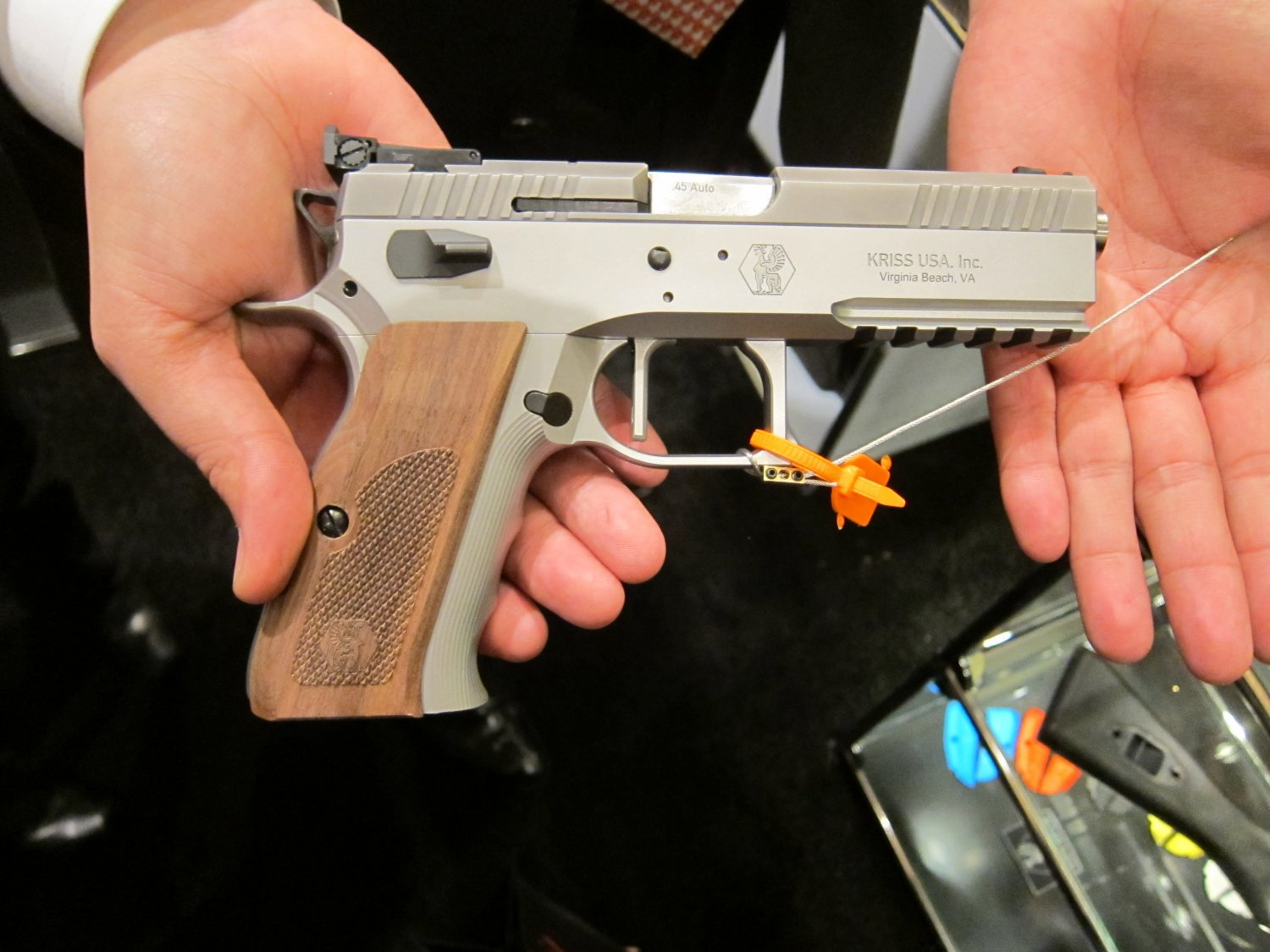 KRISS Sphinx Tactical Pistols 10 <!  :en  >KRISS Sphinx Tactical Pistols and DEFIANCE Silencer/Sound Suppressors at SHOT Show 2011: High End Swiss Tactical Pistols for Military Special Operations, Law Enforcement SWAT Ops, and Competitive Shooting<!  :  >