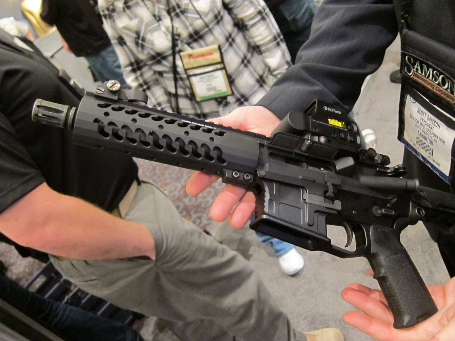 "Samson Evolution Series Rail System SHOT SHOW 2011 1 <!  :en  >Samson Evolution Series Rail System Outfitted Adams Arms 7.5"" PDW Piston AR SBR for Dynamic Close Quarters Battle (CQB) and Tactical Training: DARC Ready!<!  :  >"